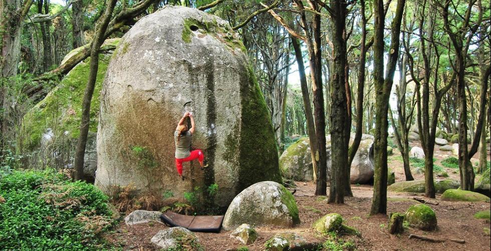Bouldering at Sintra - Portugal in Peninha - Sintra