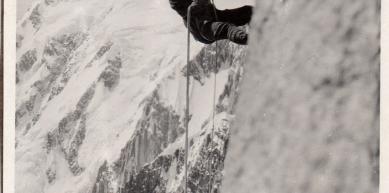 A picture from Aiguille du Diable, Chamonix. by Lucas Duperrex