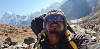 A picture from Everest Region by Dayan Sameera