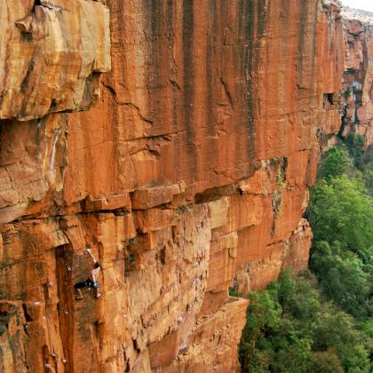 Waterval Boven by Nograd