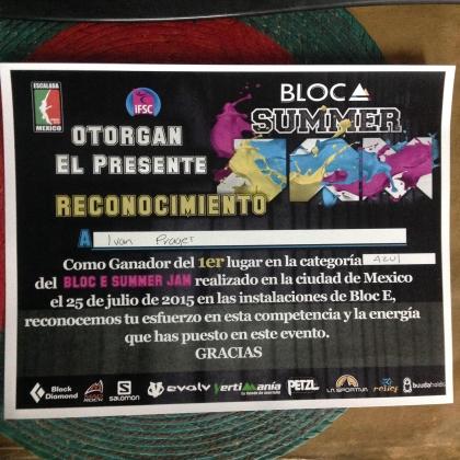 Bloc E - Centro de Escalada by Ivan Prag