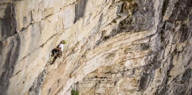A picture from Valle di Schievenin | Bastionata Sud | Diedro Giallo by Scarpa