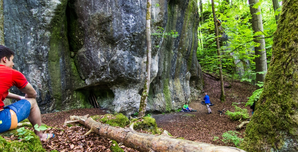 "The Firnenburg Brothers climbing ""The Essential (9a)"" in Frankenjura"