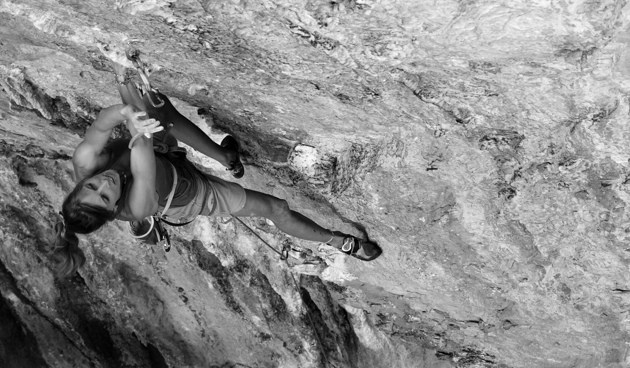 A picture from Maria ponte el arnes, 7b+ by Asia Mędrzak