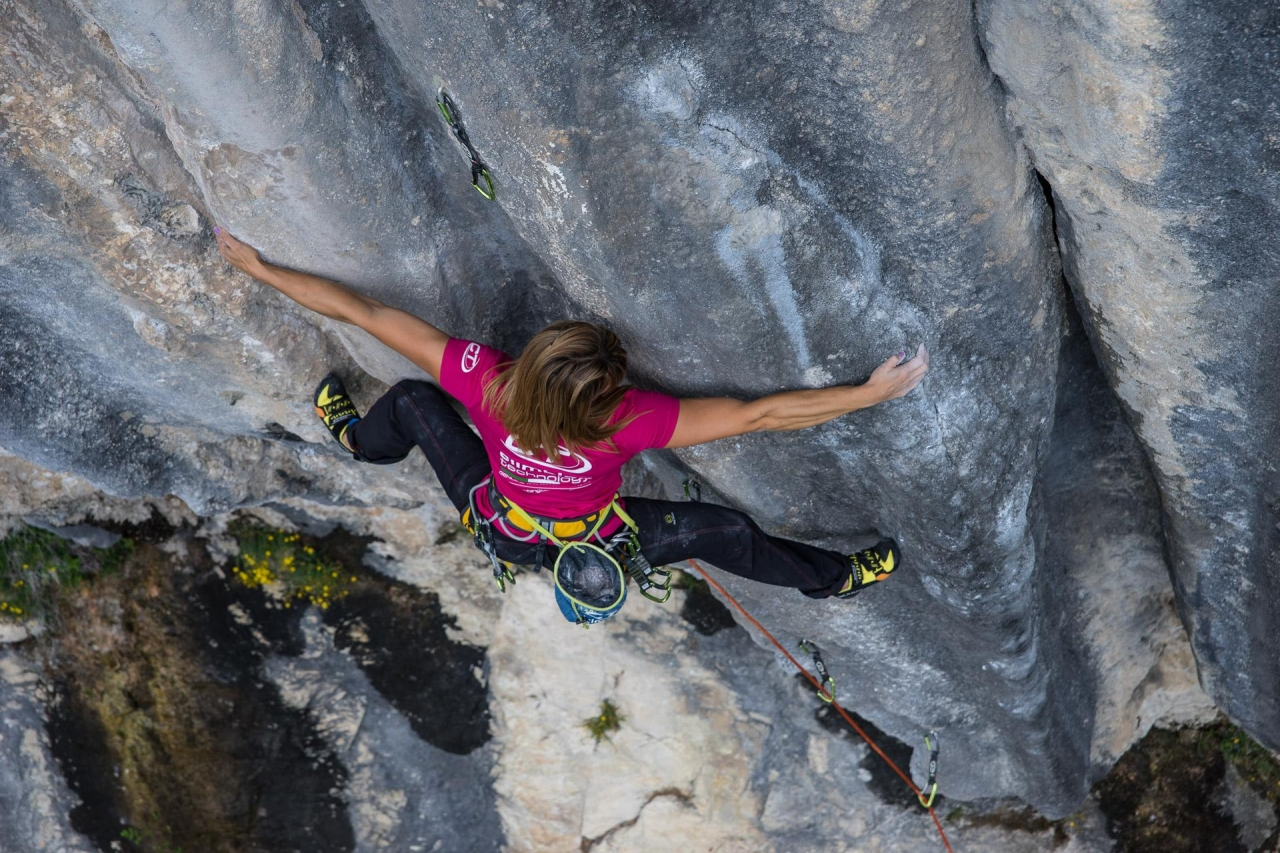 A picture from Red Up by Climbing Technology