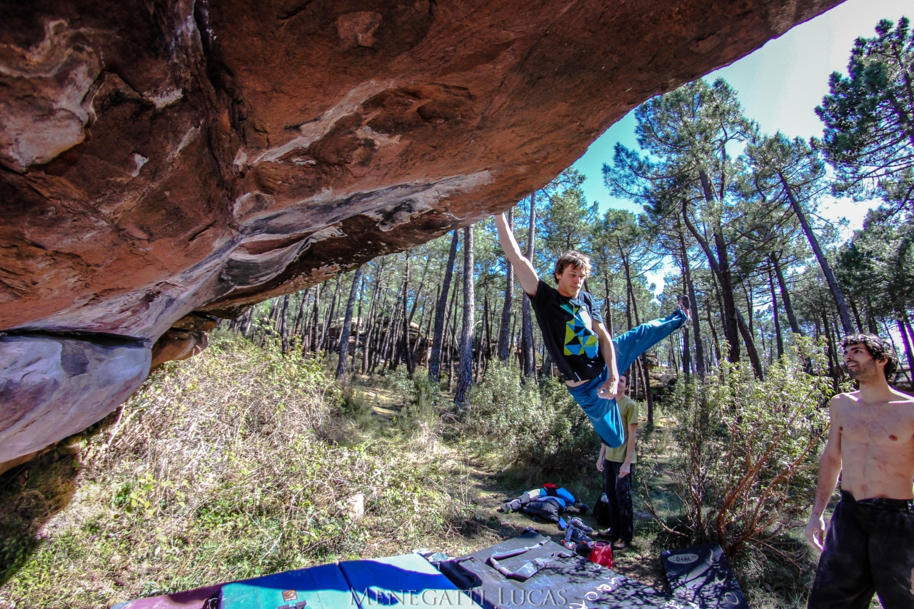 A picture from Albarracín by Globe Climber