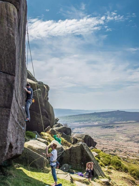 A picture from Burbage South, UK by Dave Heaton