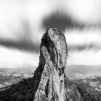 Pedra do Baú by Erike Fusiki