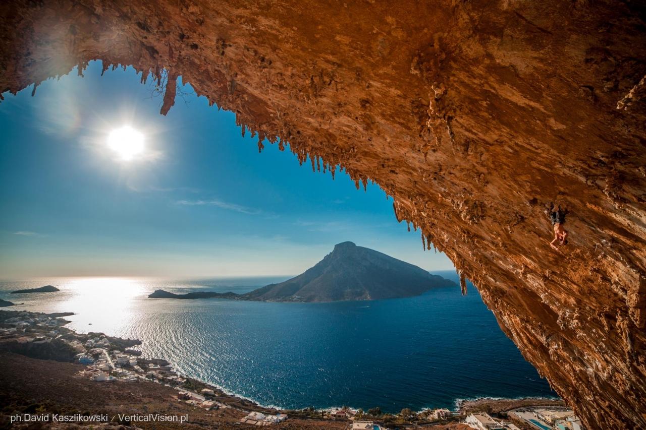 A picture from Kalymnos by David Kaszlikowski