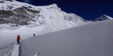 A picture from Island Peak - Imja Tse by Slavenko Bozic