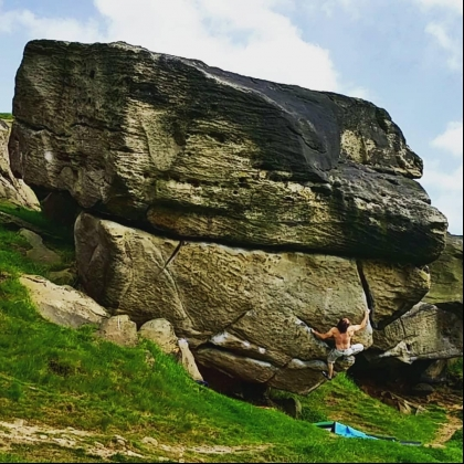 Almscliffe Crag by Javier Pereda
