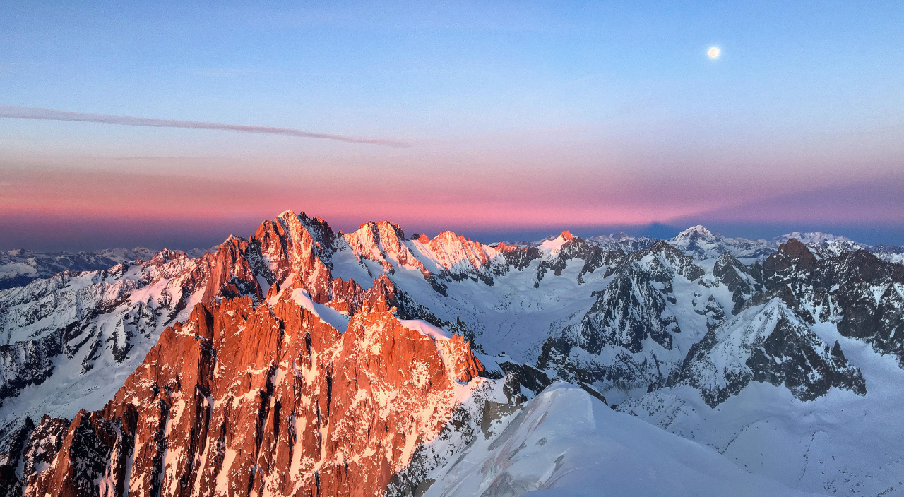 A picture from Aiguille du Midi by Mic Huizinga