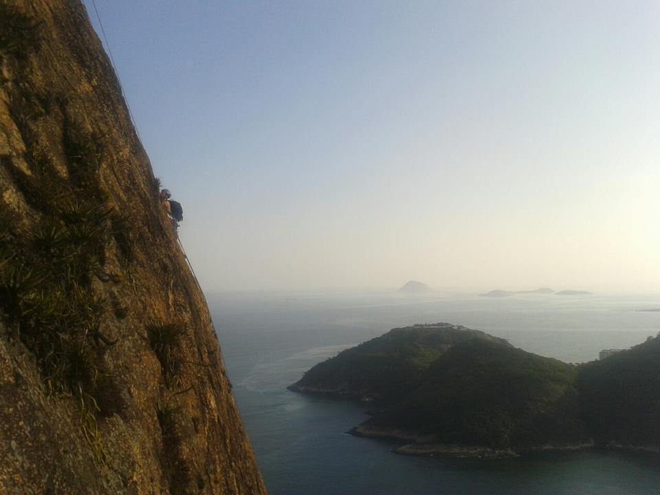 A picture from Pão de Açúcar / Sugarloaf Mountain by Kurt Bergan