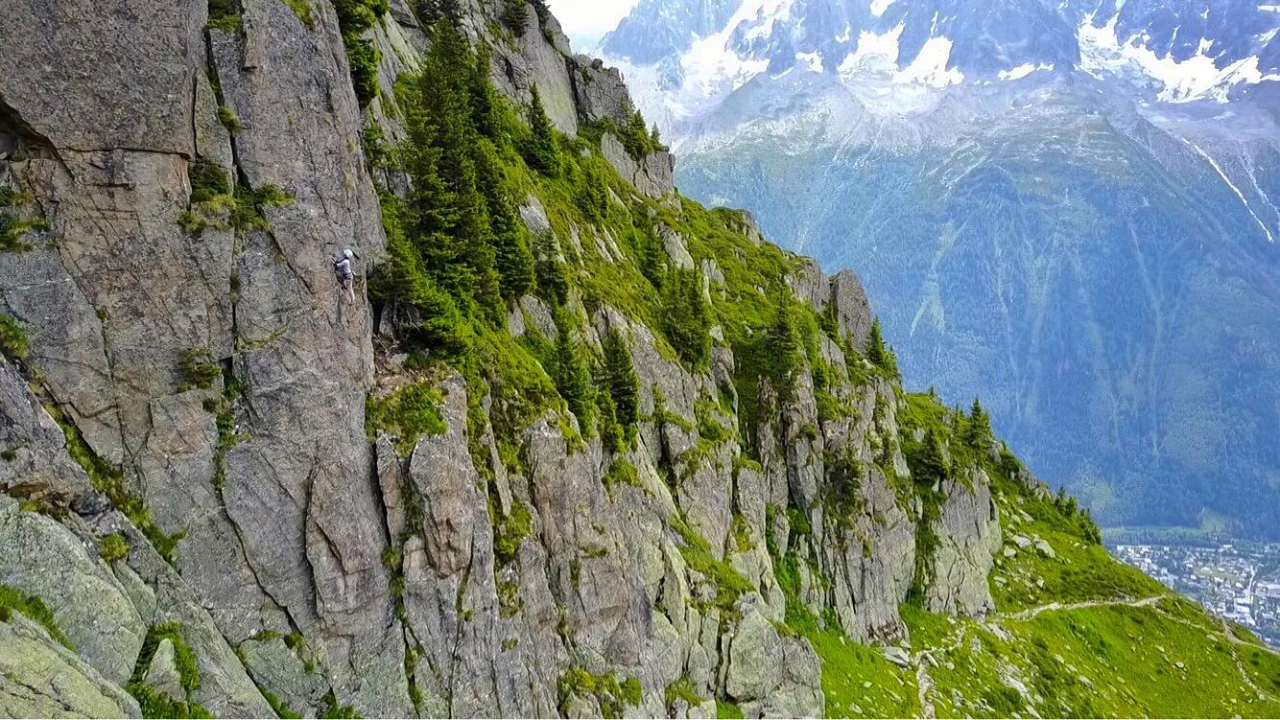 A picture from Le Brevent Chamonix by Fakhrul Rozy