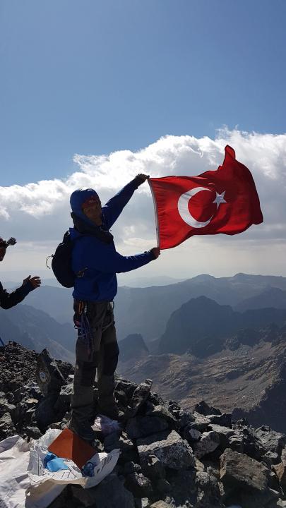 A picture from Mount Verçenik by Suat Erdoğan