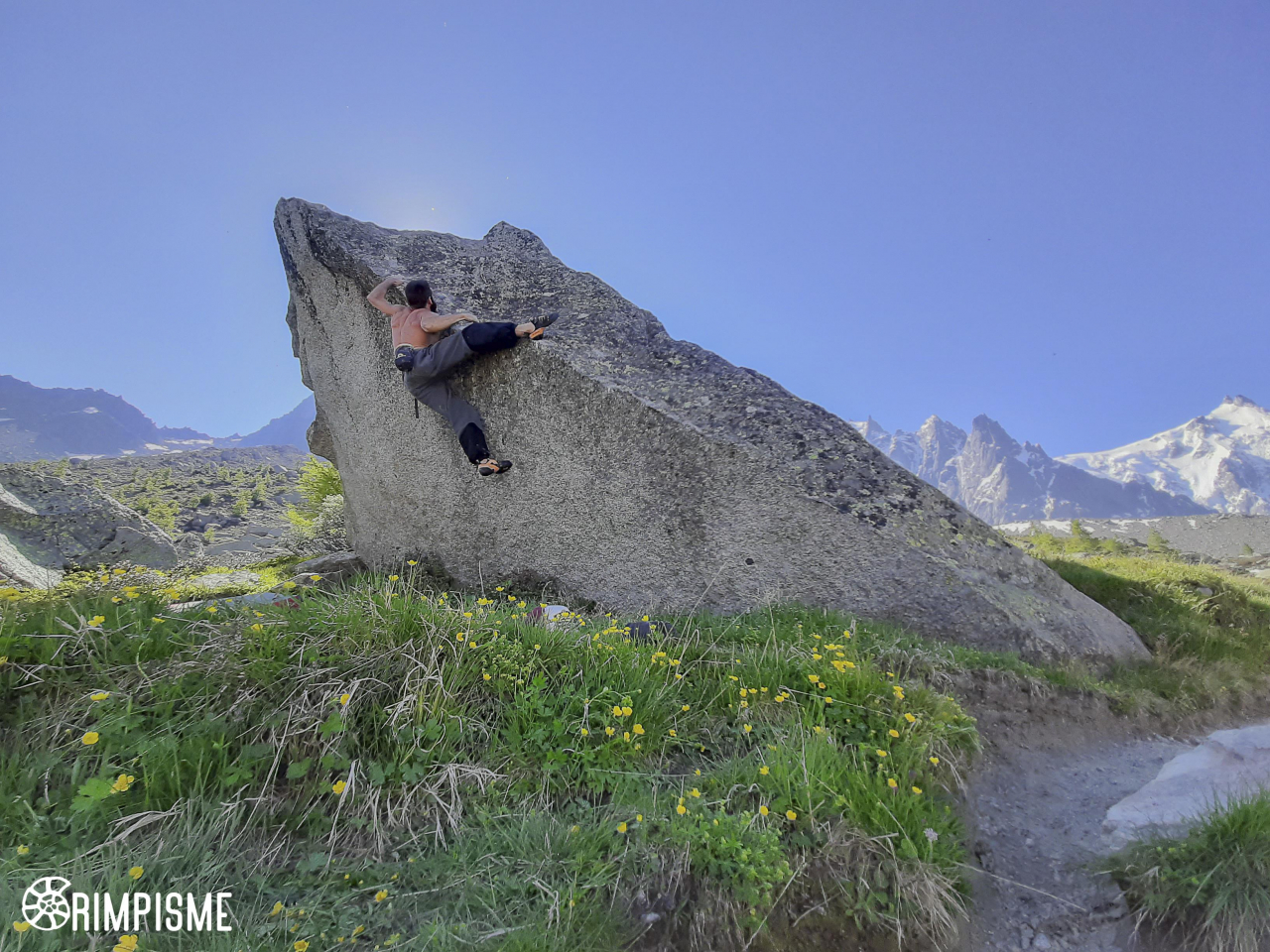 A picture from Aiguille du Midi by Fred Vionnet Grimpisme