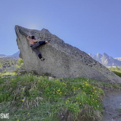 Aiguille du Midi by Fred Vionnet Grimpisme